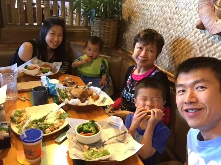 Simon's family and mom
