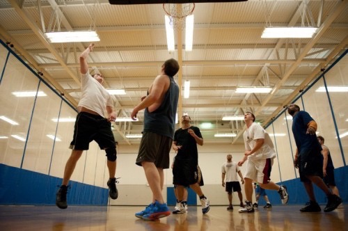 basketball-expand-your-contact-list