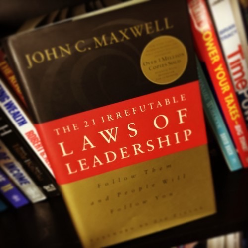 17) The 21 Irrefutable Laws of Leadership by John Maxwell