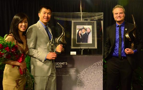 Simon Chan With Top Sponsor Award